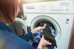 غسل الملابس بالماء البارد