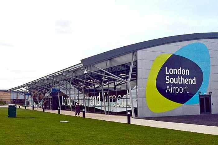مطار لندن ساوث اند في بريطانيا