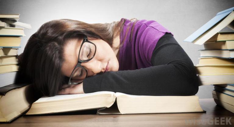 النوم وحل المشاكل