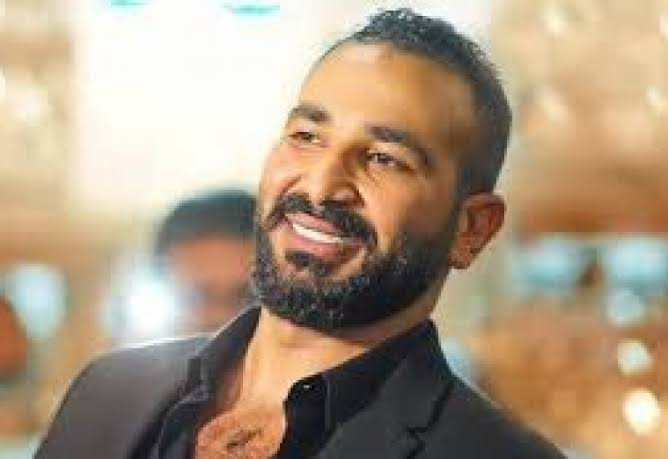 بلاغ ضد المطرب أحمد سعد