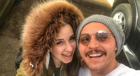الفنان محمود حجازي وخطيبته السابقة أسما منير