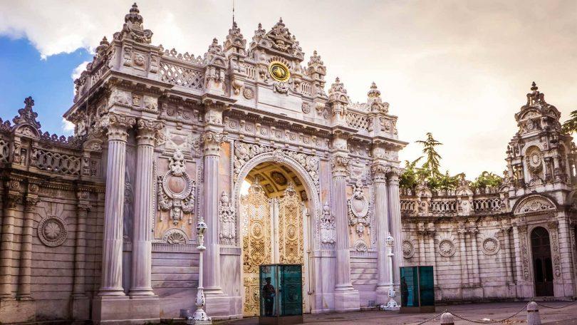 قصر دولمة