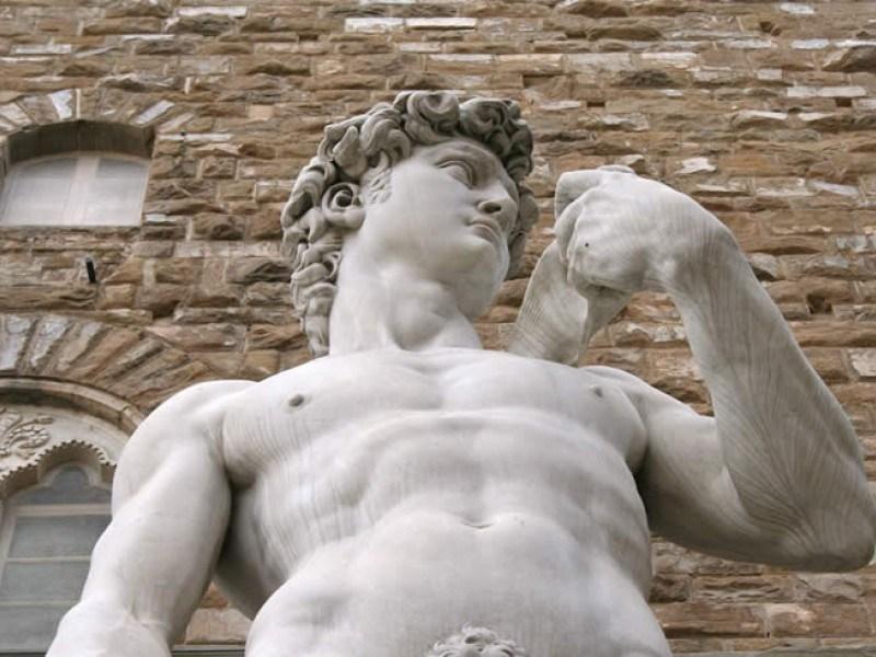تمثال ديفيد مايكل أنجلو
