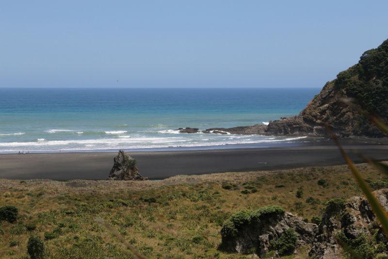 شاطئ كاريكار