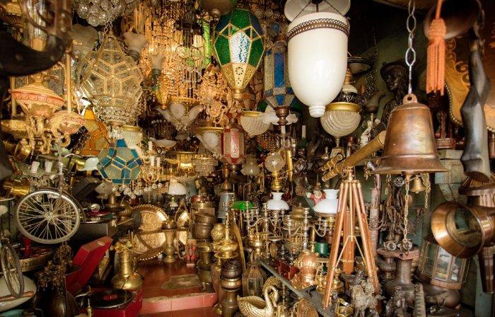 السوق المفتوح Jalan Surabaya