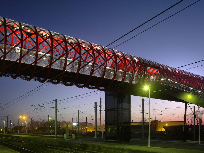 جسر القطار فرنسا