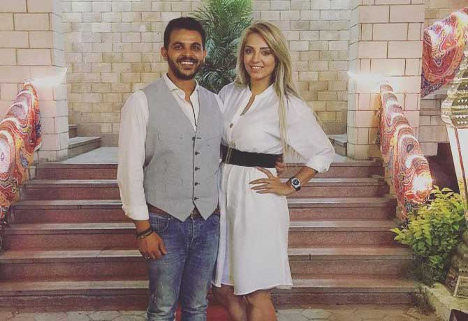 المطرب محمد رشاد وخطيبته المذيعة الشهيرة مي حلمي