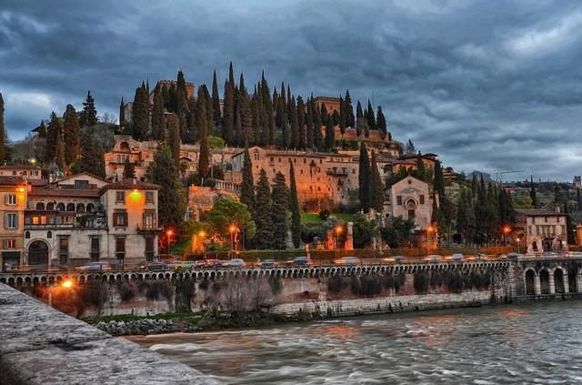 قلعة سان بيترو في إيطاليا