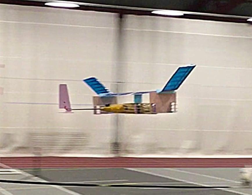 طائرة بدون أجزاء متحركة